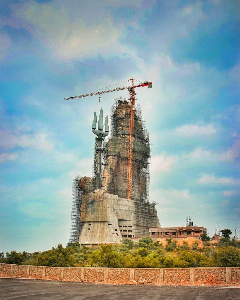 शिव की सबसे ऊंची प्रतिमा अगस्त तक होगी तैयार