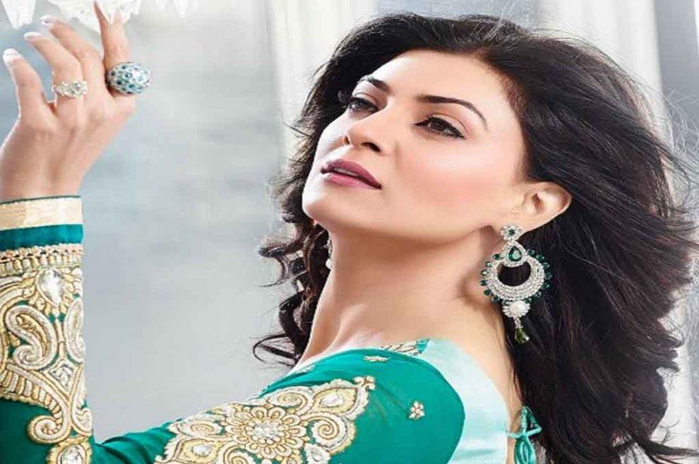 सुष्मिता सेन शाहरुख खान के साथ फिल्म मैं हूं ना का अगला भाग करने को बेताब