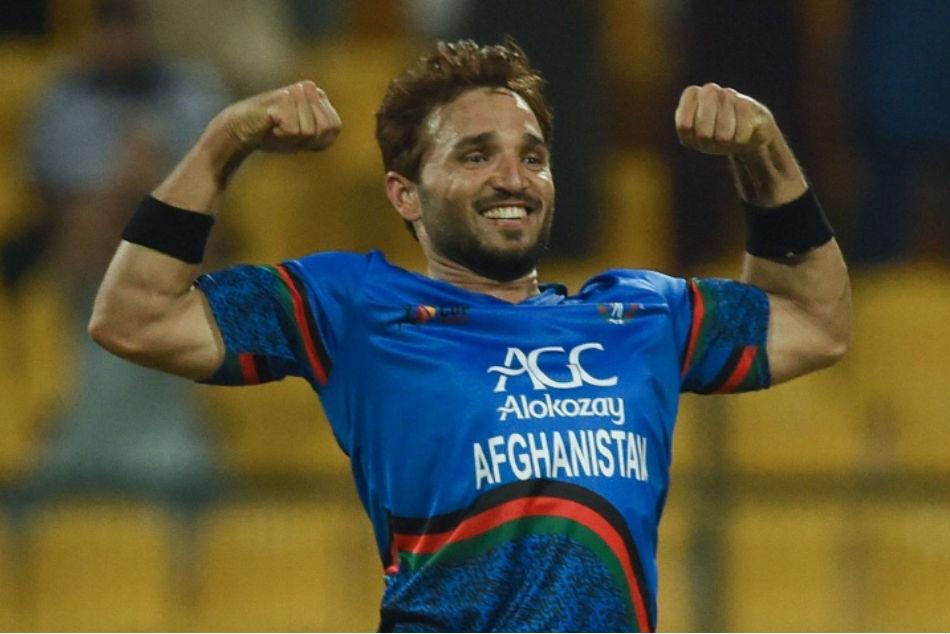 गेंदबाजों ने मुकाबले में शानदार वापसी की: गुलबदीन नैब