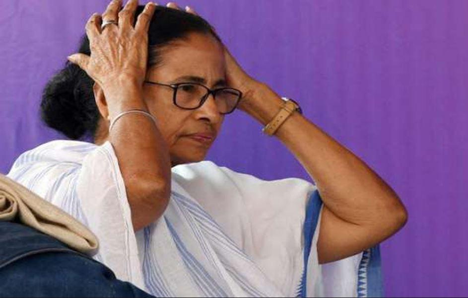 अयोध्या के संतों ने ममता को भेजा जय श्री राम का पोस्टकार्ड