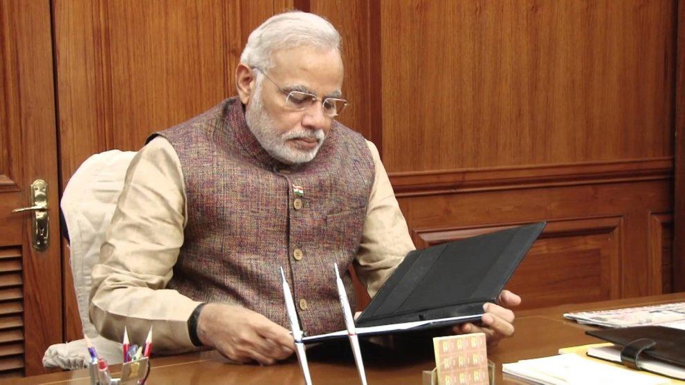 प्रधानमंत्री नरेंद्र मोदी भी कविता में व्यक्त करते हैं मनोभाव