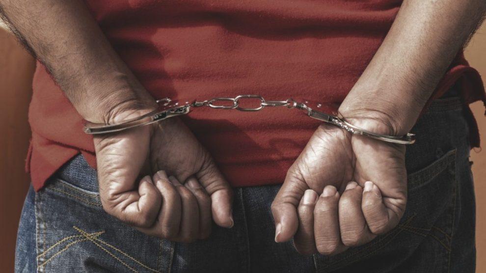 नगांव में हथियार सहित दो खूंखार डकैत गिरफ्तार