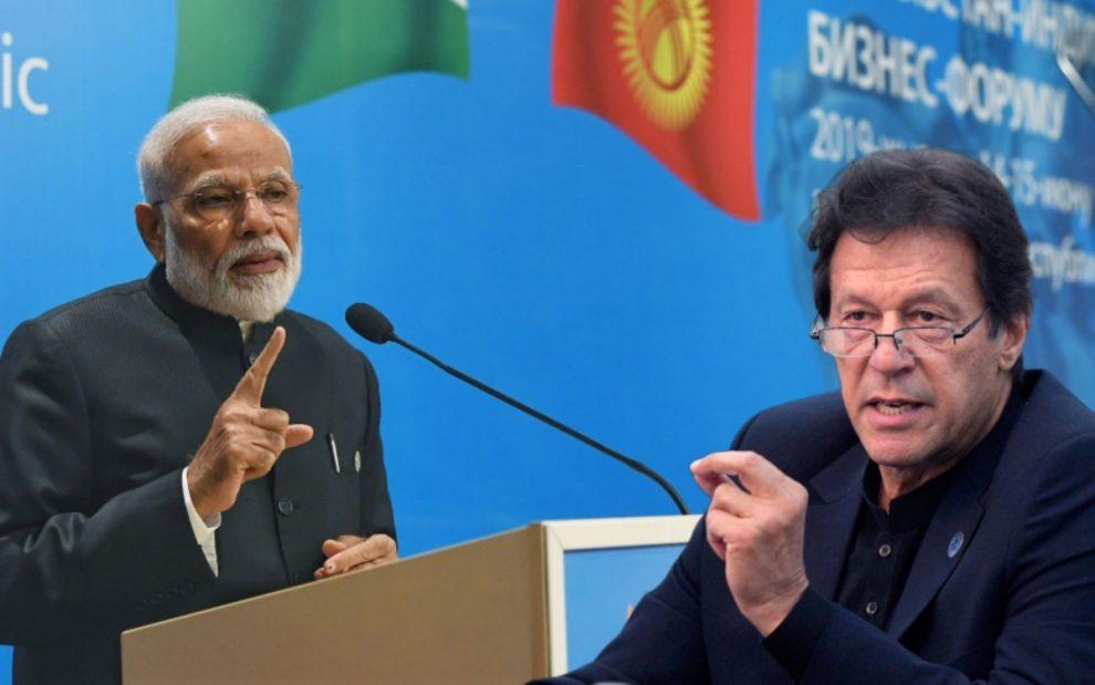 प्रधानमंत्री नरेंद्र मोदी, पाकिस्तानी समकक्ष इमरान खान ने एक-दूसरे का किया अभिवादन